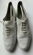 Repetto Classic Zizi Lace Up Oxford in White  Goat Leather, Size EU 40, US 9