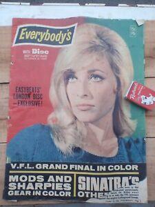 1966 St kilda premiers, Bee Gees  Article, Everybodys magazine