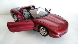 CHEVROLET CORVETTE BURAGO SCALA 1/18