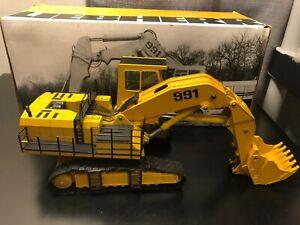 Conrad #2823/4 Liebherr R 991 Crawler Excavator - Scale 1:50 - Die Cast Boxed!!!
