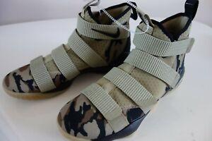 Nike Lebron Zoom Soldier XI camo 897644-200 9.5 NEW