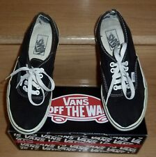 Vans Classic Black Tie-Up Lowtop Skateboard Shoes, Women's 8/ Men's 6.5