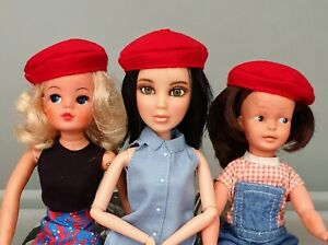 Sindy size red beret. Suitable as replacement MartinAir hat. NO DOLL 1:6
