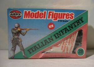 Airfix  Italian Infantry Model Figures 1:32   51476    28 soldiers in Sealed Box
