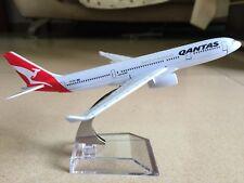 16CM QANTAS Spirit of Australia A330 Passenger Airplane Metal Diecast Model