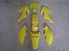 YELLOW PLASTIC KIT HONDA CRF50F