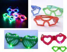 9 pezzi occhiali luminosi con LED multicolore per gag compleanni feste assortiti