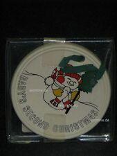 +# A008536_38 Goebel Archiv Muster Aufhänger Medaille Pferd Schneemann 53-045