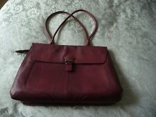 FURLA  LEATHER  BAG IN EXCELLENT USED CONDITION