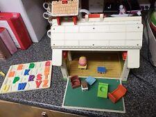 Vintage Fisher Price School House People BIDIBULE