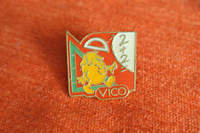 16044 PIN'S PINS VICO POTATOES FRITES ECOLE SCHOOL MATH