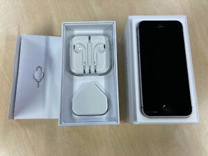 iPhone SE 128GB UNLOCKED A1723
