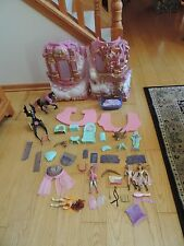 She Ra Crystal Castle Playset Used parts figures horse Masters of the Universe