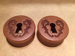 Pair Bamboo Wooden Carved Keyhole Ear Plugs Flesh Tunnel Stretcher Taper 8-25mm
