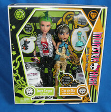 MONSTER HIGH DEUCE GORGON & CLEO DE NILE GIFT SET NEW