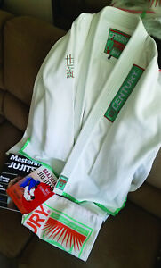 Century Gi - size F4 with Tote Bag, Books & DVDs - Renzo Gracie