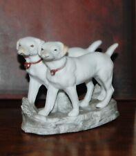 Couple de labradors en biscuit de porcelaine allemand, chiens, chasse