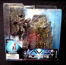 McFarlane Toys Alien VS Predator 2 Movie  Predator Figure Set New