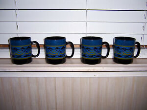 Set of 4 Arcoroc Yucatan Aztec Coffee Mugs USED