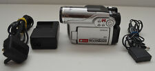 HITACHI DZ-HS300E UK Hybrid Camcorder HDD DVD + DIGITAL VIDEO CAMERA DZ-HS300 SD
