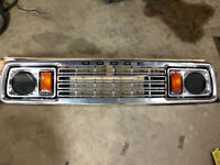 1977    1978     dodge truck ramcharger grille