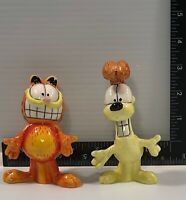 Garfield the Cat and Odie Salt and Pepper Shaker Set