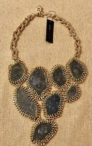 BCBG MAXAZRIA ABSTRACT STONES  STATEMENT NECKLACE