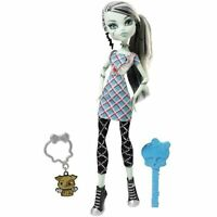 Monster High Classrooms Frankie Stein Doll w/Pet Dog~Mattel W4138~UNOPENED