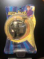 Mezco New Line Cinema Austin Powers Movie 70s Styled Goldmember Toy Figure NIP