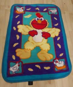 Sesame Street Elmo Chicken Dance Blanket Feathers Fleece Toddler Baby Throw