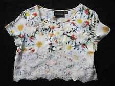 MINKPINK XS LACE FLOWER TOP