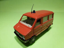 OLD CARS 1:43 FIAT IVECO - POMPIERS SAPEURS AMBULANCE  - RARE SELTEN - GOOD COND