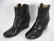 FRYE CARSON WEDGE BOOTIE BLACK LEATHER BACK ZIP ANKLE BOOTS WOMEN'S 8 M