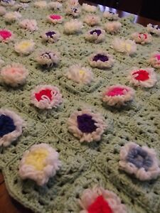 Vintage Afghan GRANNY FLOWER Handmade Crochet Quilt Throw Blanket 49X31 square