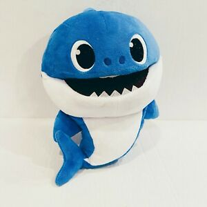 Pinkfong Baby Shark Official Song Puppet with Tempo Control Daddy Shark Plush