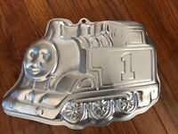 Wilton Thomas The Train Cake Pan Retired Collectible Bakeware Kitchenware