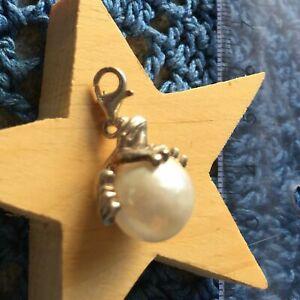 Original Thomas Sabo Charm Anhänger Frosch auf einer Perle