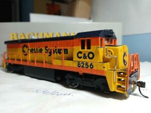 Bachmann Plus #31109 HO B23-7 diesel, Chessie #8256 DC used - good condition