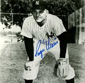 Roger Maris 8 x10 Autographed Signed Photo ( Yankees HOF ) REPRINT