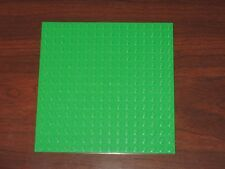 LEGO NEW 16x16 Bright Green Plate (1x) 4611777 Brick 91405