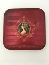 Ancienne boîte à dragées en carton satiné c. 1900 / Antique sweets box