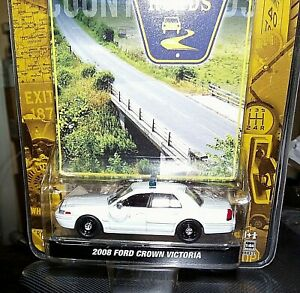 Greenlight county roads 2008 Ford Crown Victoria BLANK WHITE police 1:64