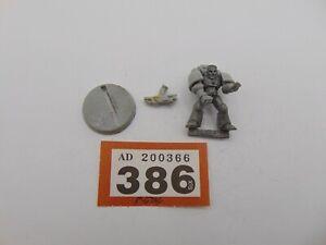 Warhammer 40,000 Space Marines Rogue Trader Veteran