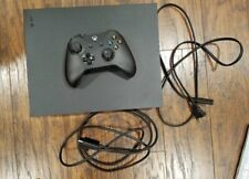 Xbox One X + Play&charge Kit