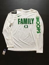 "Nike Oregon Ducks ""Family Oregon Hoops"" L/S T-Shirt Basketball Mens Size M"