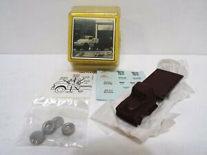RARE MAGNUSON MODELS 53 FLATBED TRUCK HO/OO SCALE BOXED (HO11)
