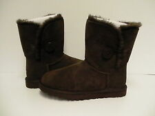Authentic UGG Australia Bailey Button chocolate Women's Boots 5803 size 7 new