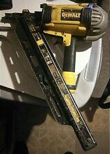 DeWalt D51825 Clipped Head Nailer  Carpentry Construction 51825 Clip Nail Gun