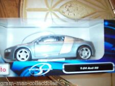 SPECIAL EDITION MAISTO 1:24 DIE CAST AUDI R8 WITH OPENING PARTS SILVER COLOR