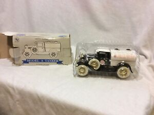 Model A Tanker Die Cast Lockable Coin Bank 1:25 Scale Red Crown Gasoline Limited
